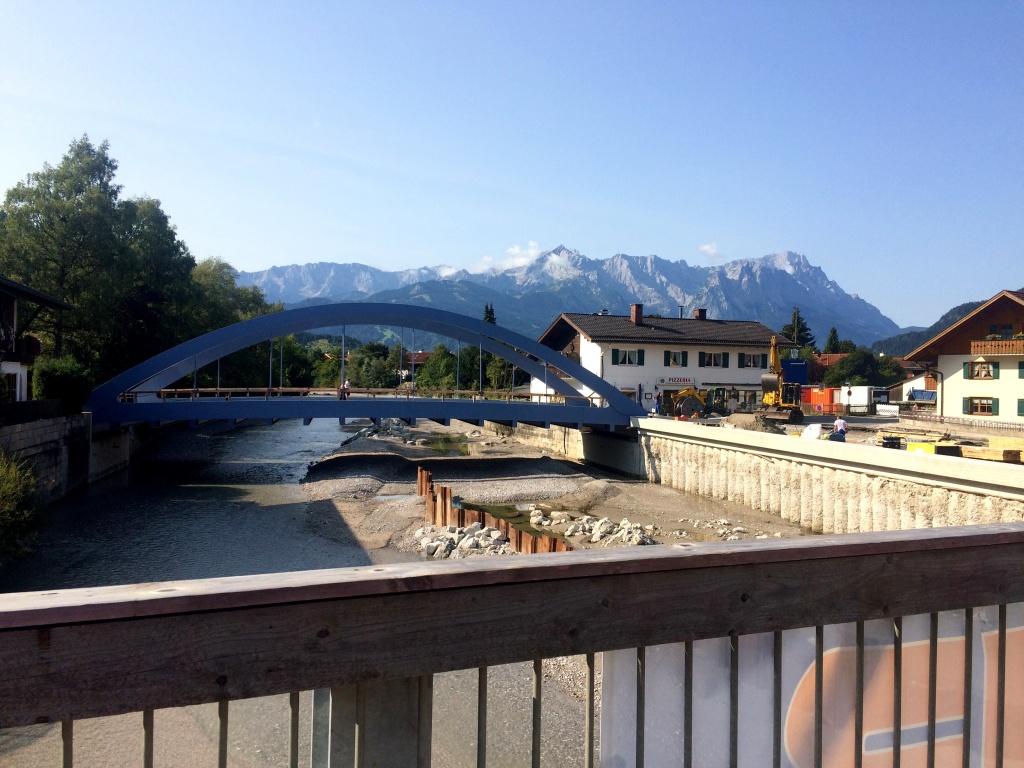 Baustelle in Farchant - Behelfsbrücke gefunden