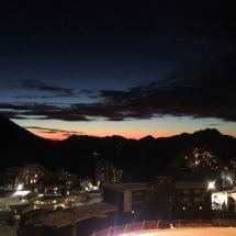 abendlicher Ausblick vom Balkon auf Avoriaz